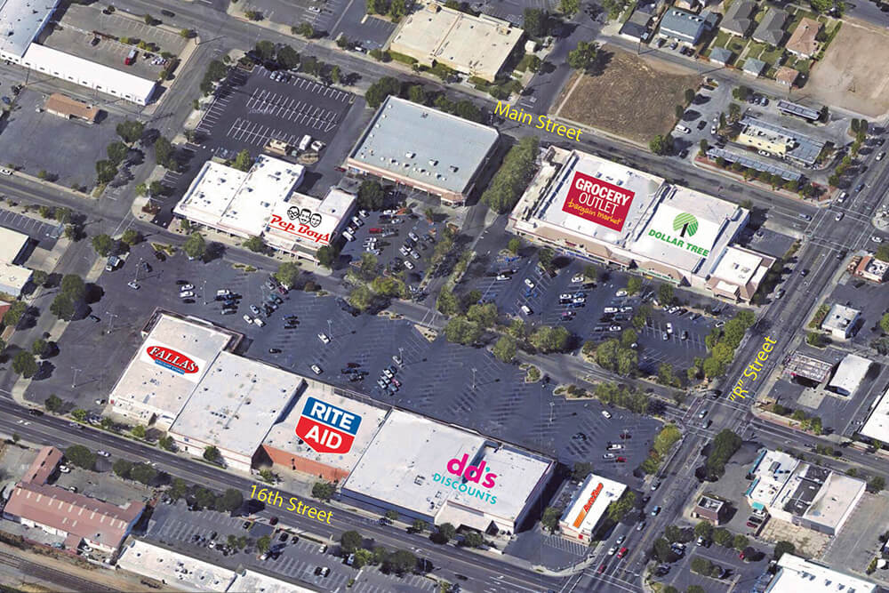 Sunrise Auto Outlet >> Merced Auto Zone - Red Mountain Group